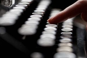 כתיבת מאמרים לאתרים - כל אות נבחרת בקפידה