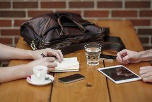כתיבה שיווקית טיפים - מתחילה בפגישת תיאום ציפיות