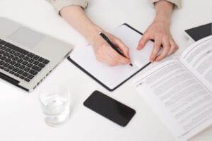 אם הגעתם לשלבים מתקדמים בכתיבת העבודה. לפני שתשאלו איך כותבים סיכום לעבודה, תבדקו מה המטרה של השלב הזה!